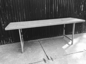 PLAPTABLE PLOY TABLE meza ya mazao ya mbao ya retro _GoodStuffFactory