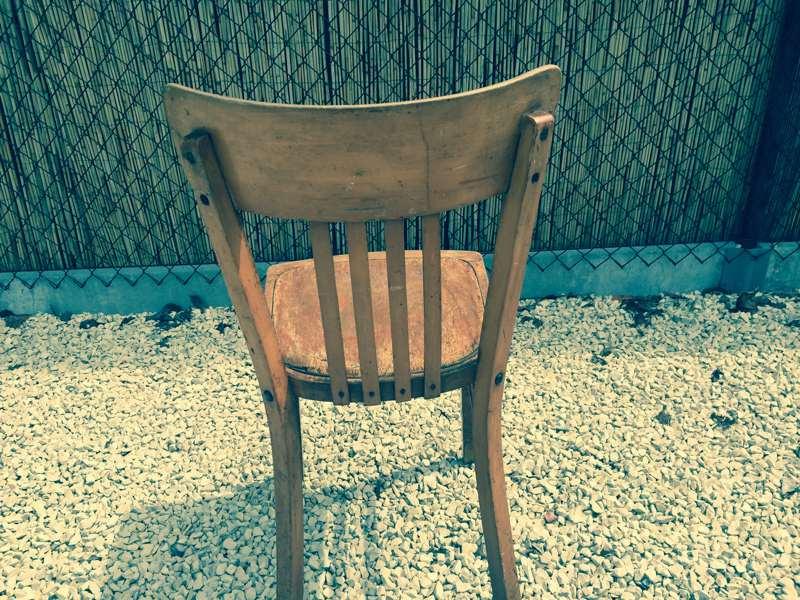 Cafe stoel cafestoelen oud hout with cafe stoelen te koop for Horeca tafels en stoelen te koop