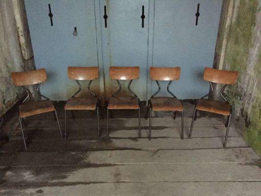 Sedie da scuola industriali vintage degli anni 50 - The Good ...