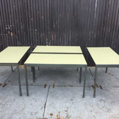 TAFEL table fineer vert groen frame vintage GoodStuffFactory
