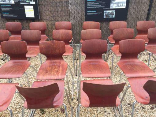 pagholz pagwood thur op seat flototto chairs stoelen stapelstoelen chaises empilable vintage retro horeca GoodStuffFactory