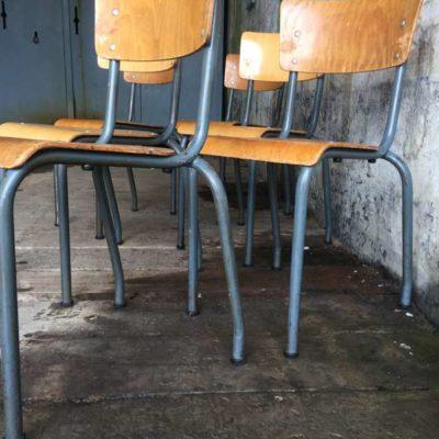 blue grey blauwgrijs vintage stapelstoelen kantine brasserie koffiebar vintage retro horeca GoodStuffFactory