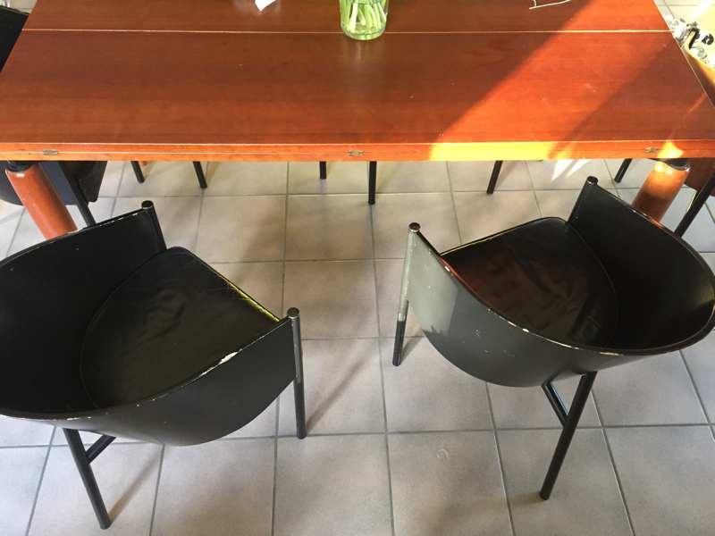 Set van 6 philippe stark costes stoelen en bijhorende for Starck stoelen
