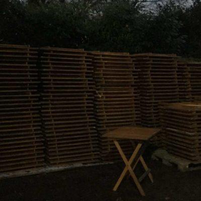 слагање дрвени склопиви столови склопиви столови столови индустријски бариста таверна кафић винтаге ретро_ГоодСтуффФацтори