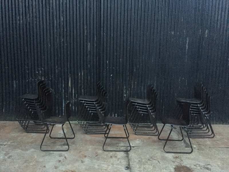 Stoel Metalen Frame : Galvanitas s23 sledestoelen zwarte zit donkerbruin frame the