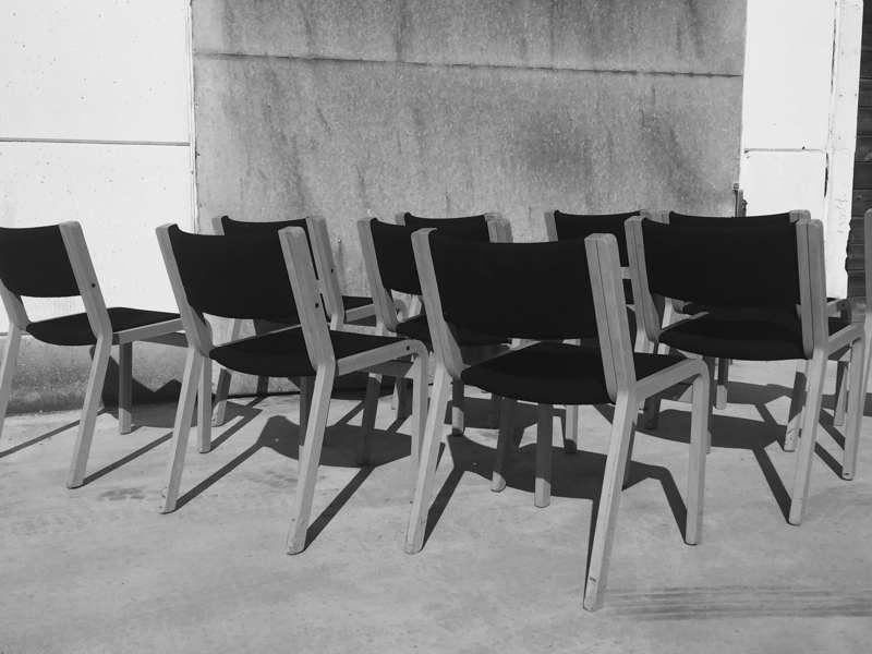 Mooie deense magnus olesen serie stoelen voor thuis horeca of