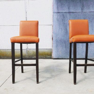 barkruk bar stool tabouret oranje café_thegoodstufffactory