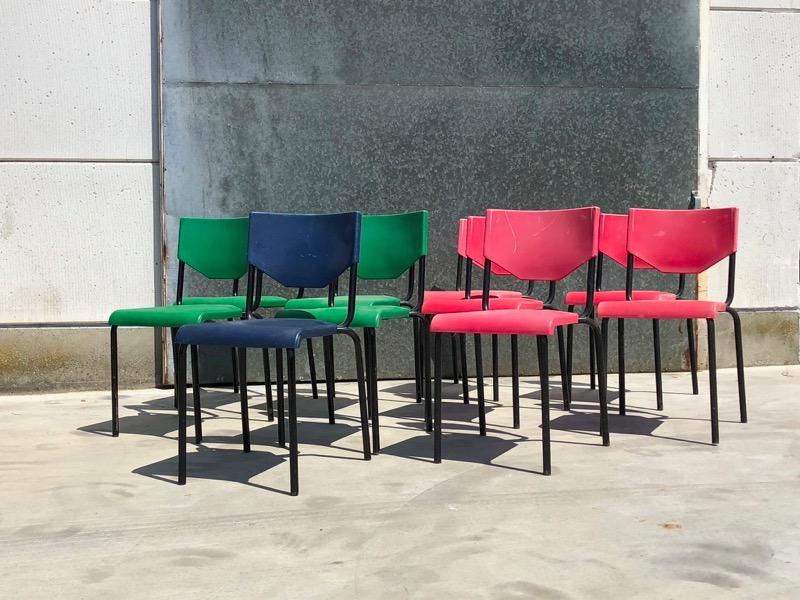 Café koffiebar buiten terras vintage stoelen kopen
