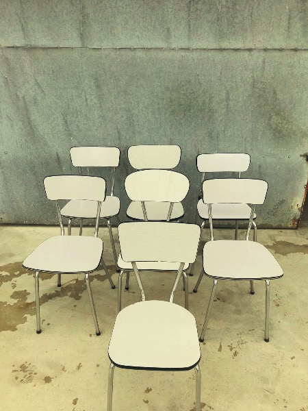 formica coloured vintage chair_THEGOODSTUFFFACTORY_be