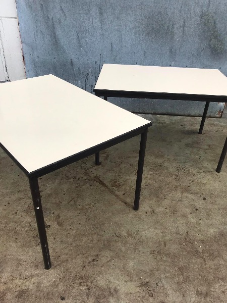 Vintage kantine tafel table_thegoodstufffactory_Be