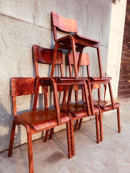 massieve caféstoelen uit het noorden cafe horeca retro vintage industrieel_thegoodstufffactory_be