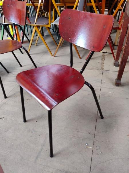 black beauties vintage stoelen_thegoodstufffactory_be