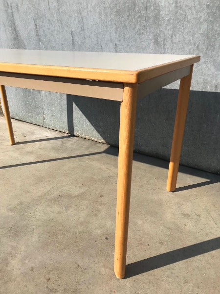 kusch & co vintage tafels tables_thegoodstufffactory_be
