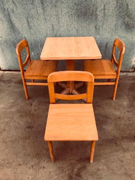 houten stoelen horeca_thegoodstufffactory_be