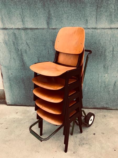 scandinavian vintage industrial antiques horeca stoel chaise stolar_thegoodstufffactory_Be