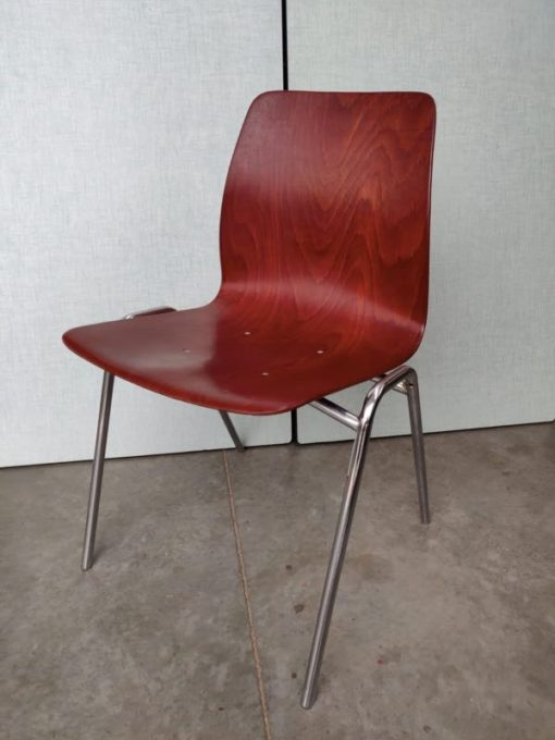 Pagholz kersenrood cerise chrome frame industrial style factory chair_thegoodstufffactory_be