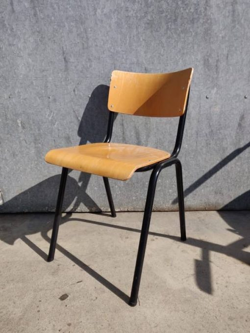 kursi ireng kursi interior retro vintahe chaise_ pabrik barang apik_Be
