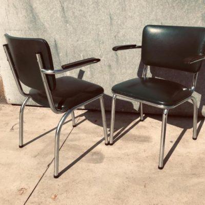 skaie wrestchairs armleuning vintage industrial antiques seventies_thegoodstufffactory_Be