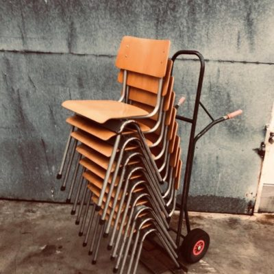 VINTAGE industrial canteens stolar chaises horeca_thegoodstufffactory
