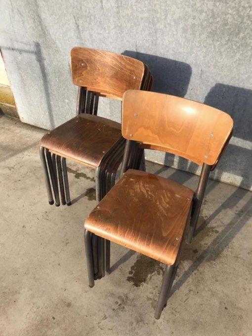 raw INTERIOR RETRO vintage industrial chair laulau stool_thegoodstufffactory_be