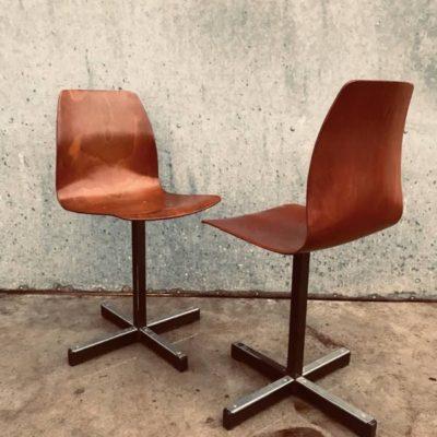 KRUKJES TABOURETS beige stool industrial antiques ostalgie retro seventies_thegoodstufffactory_Be (7)