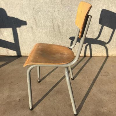 GRAY VINTAGE RETRO CHAIRS CHAISES belgi Design cafe weghachite OSTALGIE_thegoodstufffactory_be