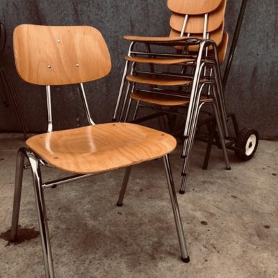 kho Liang Le vintage retro presikhaaf retro industrial antiques stoel canteen chair chaise_thegoodstufffactory_Be