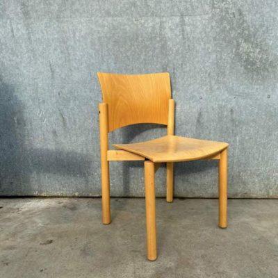 stoelen uit het noorden massief hout vintage retro_thegoostufffactory_be