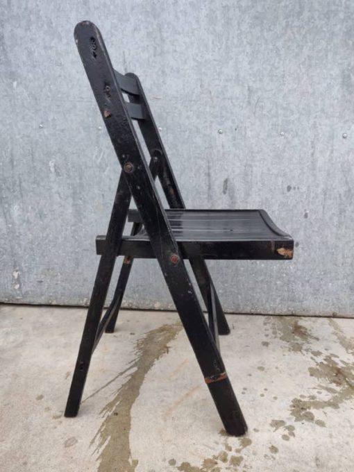 plooistoelen klapstoelen chaises pliantes stapelstoelen terras horeca event retro vintage industrial_thegoodstufffactory_Be