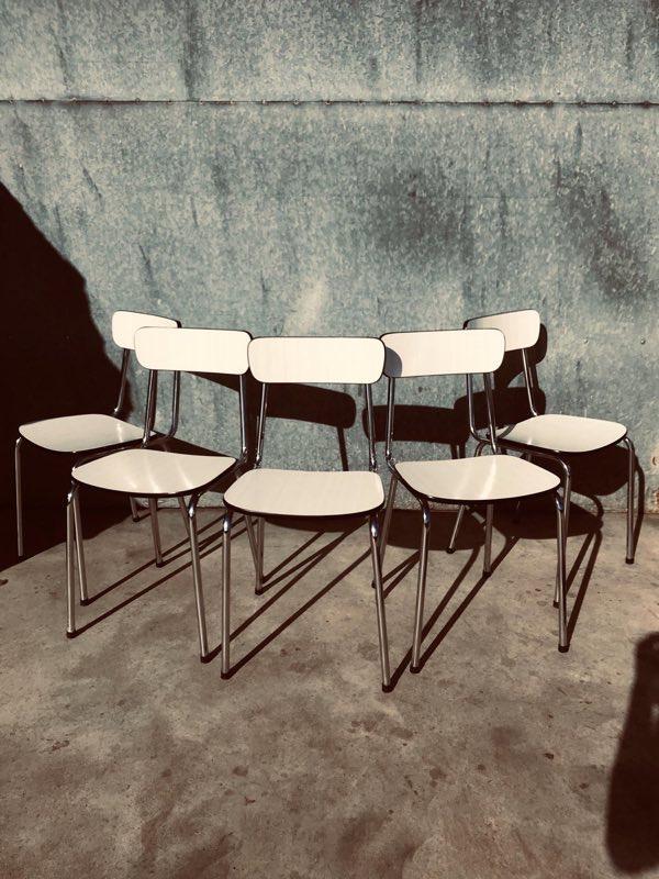 6 Witte Design Stoelen.Witte Formica Stoelen 20 Op Voorraad The Good Stuff Factory