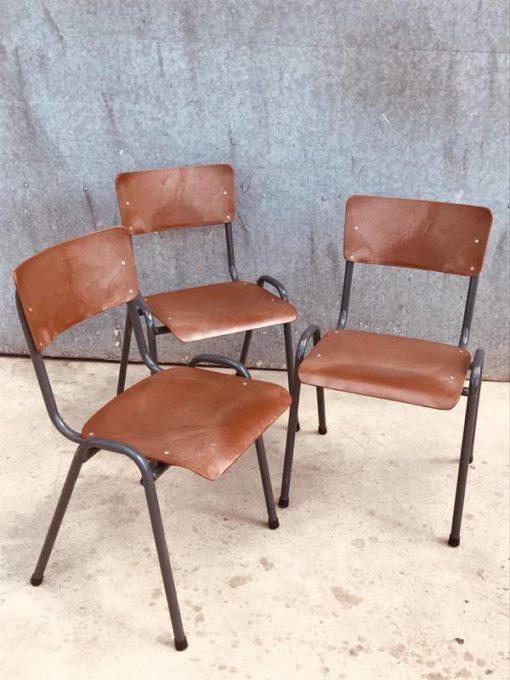 POLYPROP CANTEEN STOOL STOOL TABOURET vintage retro toe sefulu ono sefulu tausaga_thegoodstufffactory_be