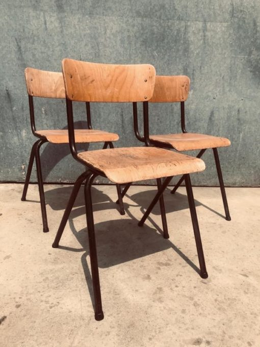 passerpoot pieds compas HOUT hospitality bar barista cafe restaurant vintage retro industrial antiques_thegoodstufffactory_be