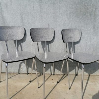 FORMICA GRIJS CHAIR CHAISE INDUSTRIAL VINTAGE RETRO ANTIQUES OSTALGIE_THEGOODSTUFFFACTOR_be