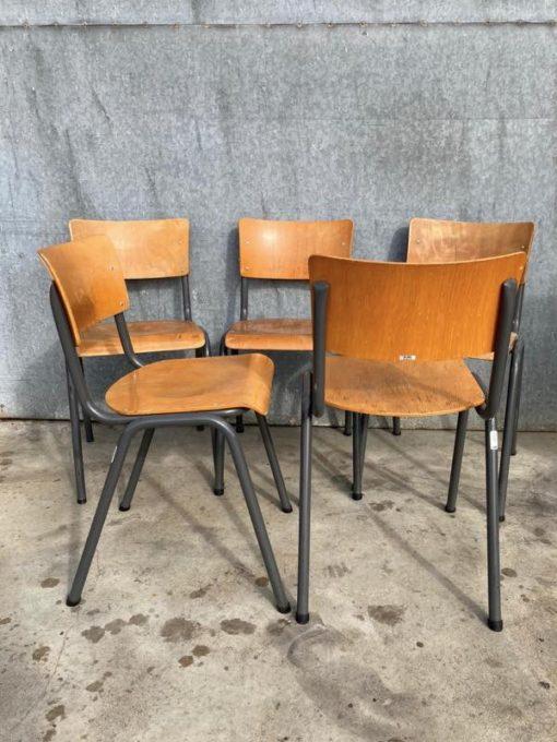 ELBE BELGIAN DESIGN ostalgie retro cafechair canteen stacable retro vintage_thegoodstufffactory